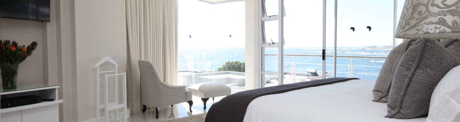 Main bedroom with spectacular ocean views