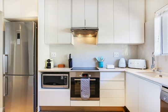 Fully equipped, self-catering kitchen