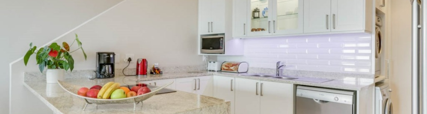 Self catering kitchen offers a microwave, dishwasher, washing machine and tumble dryer.